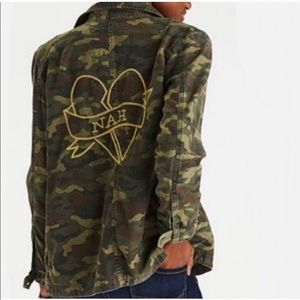AMERICAN EAGLE Heartbreaker Camo JACKET X-Small